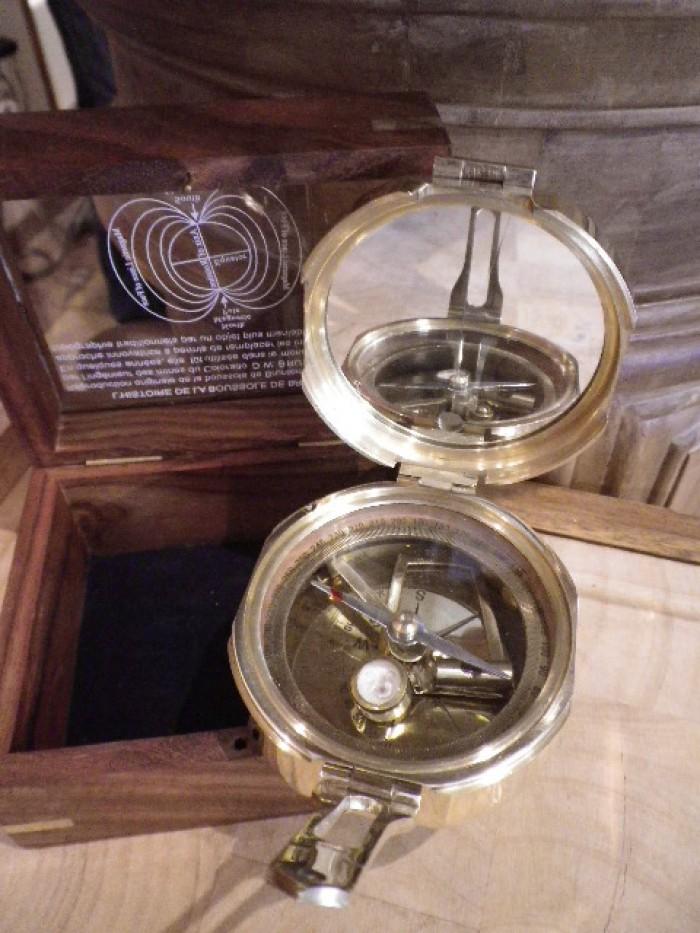 Coffret bois boussole de brunton boutique antan et n o - Comptoir des bois de brive ...