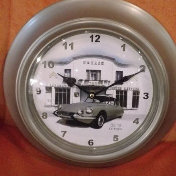 horloge automobile citroen ds 19 garage boutique antant et n o brive la gaillarde. Black Bedroom Furniture Sets. Home Design Ideas