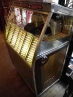 Antiquité  jukebox Wurlitzer Modele 2150 de 1957