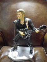 figurine johnny hallyday boutique antan et n o brive la gaillarde. Black Bedroom Furniture Sets. Home Design Ideas