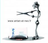 Figurine METAL HINZ & KUNST coiffeur carte de visite