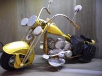 MOTO métallique GM de couleur Jaune - Garage - Automobile