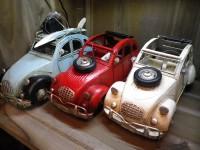 Voiture métallique 2CV de couleur Creme - Garage - Automobile