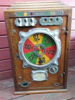 00000 - Antiquité Ancienne Jeu de Bar Bistrot Comptoir de marque Bussoz - Jeu Forain - machine a sous