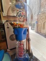 0000 - Antiquité présentoir Distributeur de Bonbons Coupe du Monde Foot 98