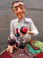 00000 - Figurine de Guillermo FORCHINO l'amateur De VINS - Grand Crus