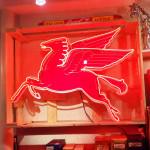 0000 - Neon Sign enseigne Lumineuse Garage PEGASUS MOBILOIL - déco Industrielle vintage