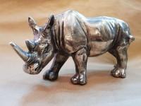 00000000 - Rhinocéros en métal patiné vieilli